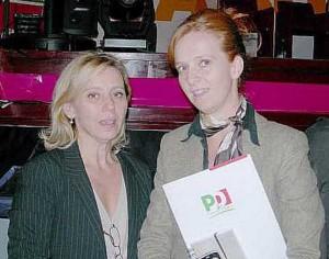 La senatrice Franco con foulard