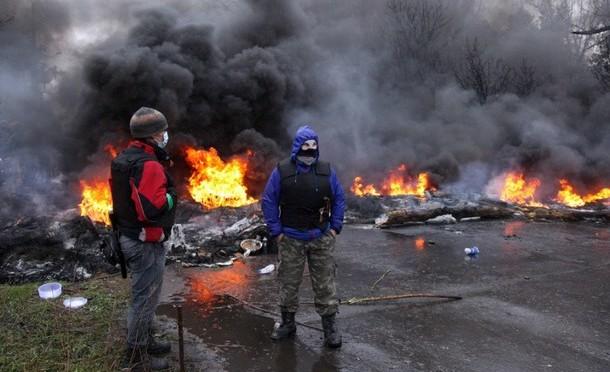 Aeroporto di Donetsk devastato dai bombardamenti ucraini – VIDEO