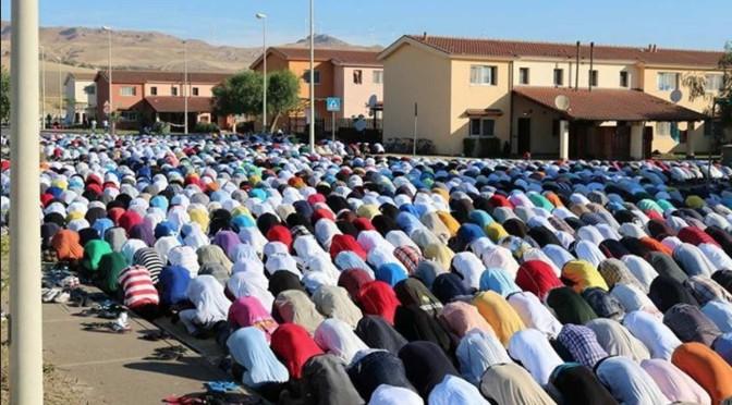 Mineo: ecco i 'profughi' cristiani in fuga – FOTO