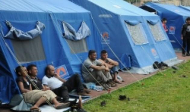 Serracchiani e MSF vogliono un'altra tendopoli a Gorizia