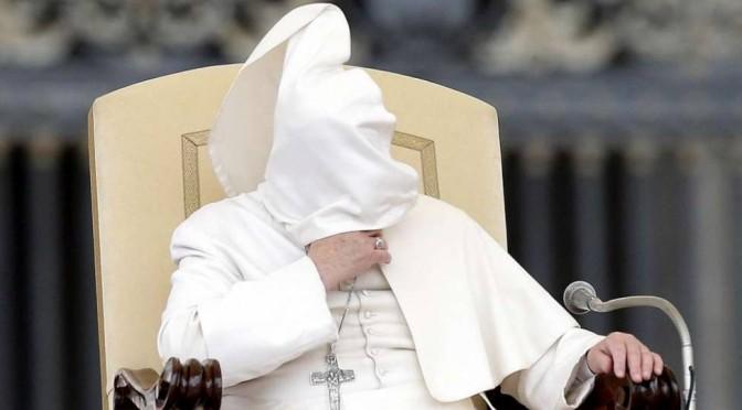 Business: Bergoglio saluta 40 clienti Rom