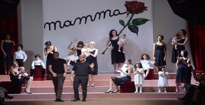 """Dolce e Gabbana:"""" No alle 'cose sintetiche'. Di famiglia ce n'è una"""""""