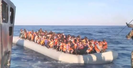 Effetto Mogherini: Arrivano altri 2.200 clandestini, ce li portano i tedeschi