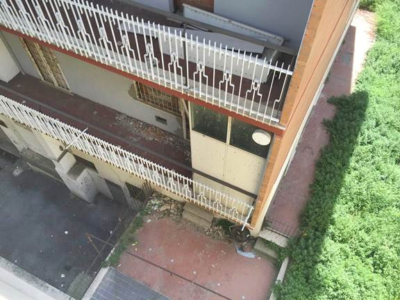 Roma cittadini murano finestre per proteggersi da - Le finestre roma ...