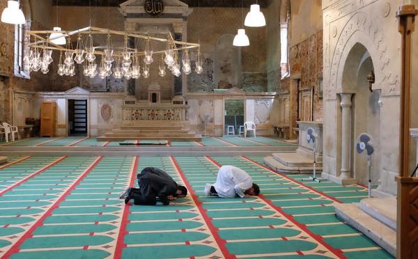 Venezia: chiesa trasformata in moschea – FOTO