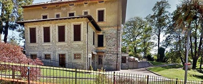 """'Profughi' occupano villa storica: """"Rispettate accordi"""""""