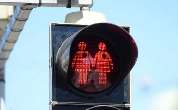 A Vienna arrivano i semafori gay