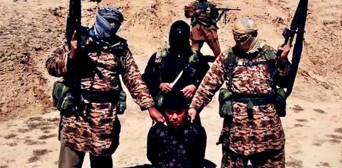 ISIS cattura soldato: sgozzato dai miliziani islamici – VIDEO CHOC