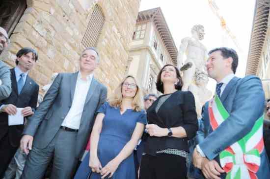 """Boldrini eversiva: """"Cedere sovranità a UE"""""""
