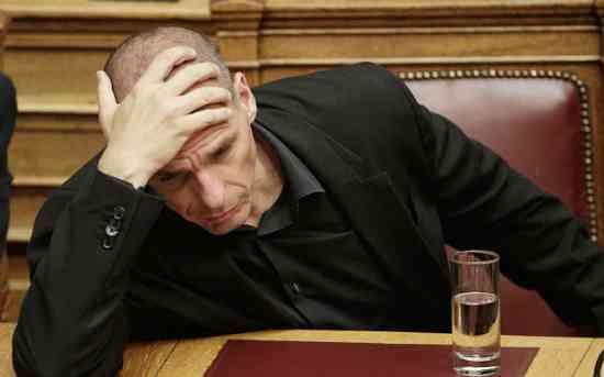 """Varoufakis su Renzi: """"Fece pressione disumana contro Grecia"""""""