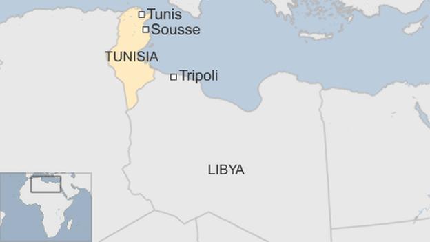 Tunisini sparano contro pescherecci italiani