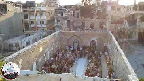 Cristiani tornano a sposarsi ad Homs liberata – FOTO