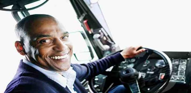 Immigrati guideranno i bus al posto degli italiani