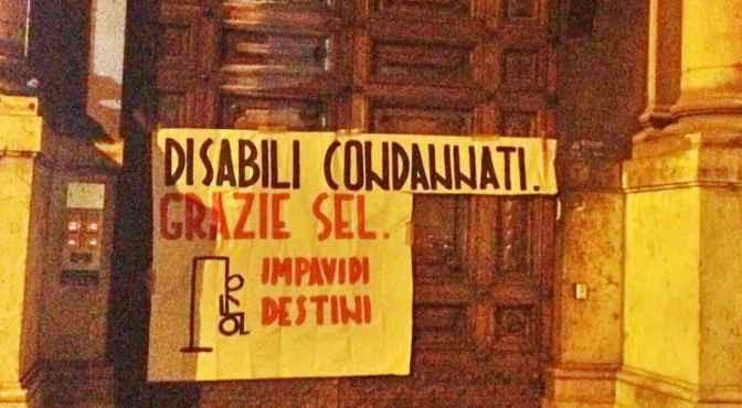 Disabili protestano contra la tassa di Renzi e Vendola