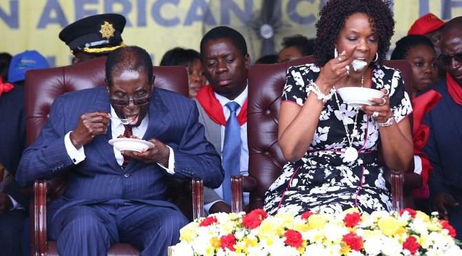 Mugabe: il massacratore di Bianchi presidente a vita