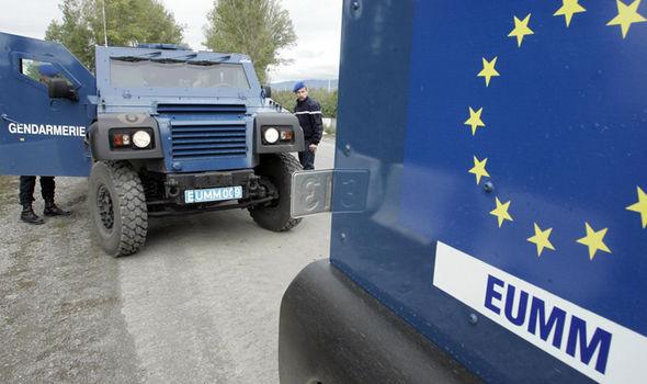 """UE minaccia: """"Sanzioni per chi rifiuta le quote Nere"""""""