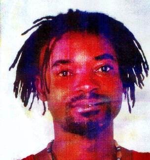Agenti indagati per morte clandestino spacciatore: lo hanno preteso i suoi 'colleghi'