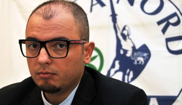 """Avvocato leghista non difenderà: """"Non difendo immigrati che rubano case a Italiani"""""""