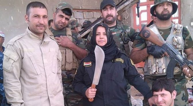 L'Islamica che decapita e cucina le teste dei nemici