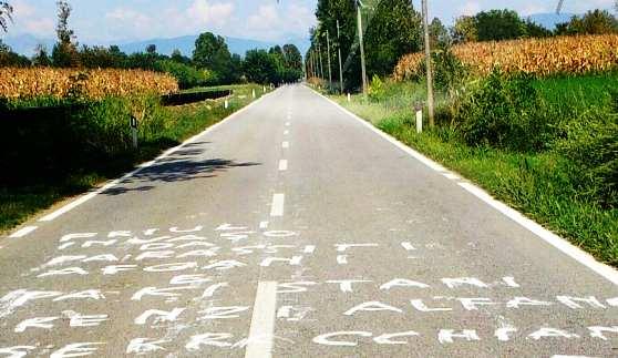 """Friuli invaso: Renzi, Alfano e Serracchiani siete delle merde"""