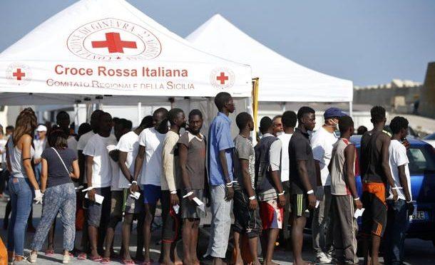 Croce Rossa lancia App per guidare clandestini in Italia