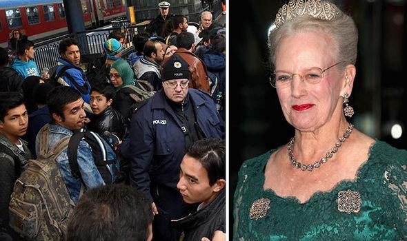 """Regina Danimarca a immigrati: """"Vivere qui non fa di voi dei Danesi"""""""