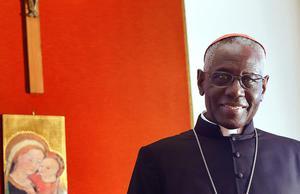 """Cardinale africano: """"Europa sparirà affogata da marea islamica"""""""
