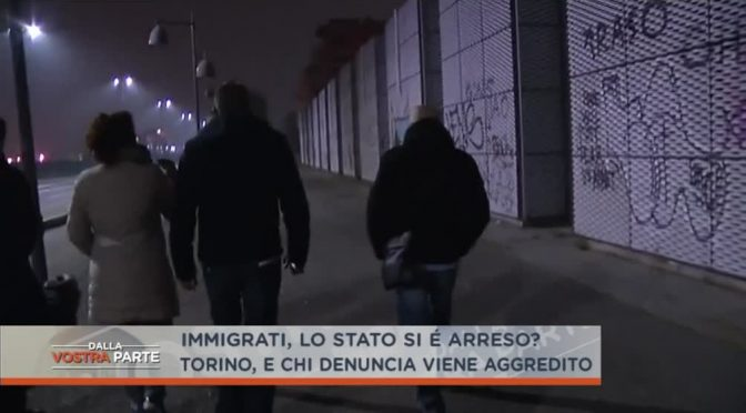 RESIDENTI AGGREDITI DA 20 IMMIGRATI ARMATI DI CINGHIE – VIDEO