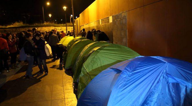 ROMA: COLLABORAZIONISTI BAOBAB ERIGONO NUOVA TENDOPOLI ABUSIVA – FOTO