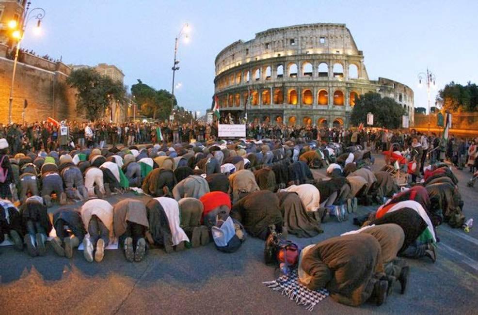 musulmani-in-preghiera-a-roma-islam-736100