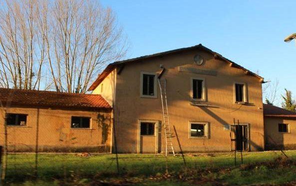 PISA: CROCE ROSSA RISTRUTTURA CASALE E INVITA ALTRI 20 PROFUGHI