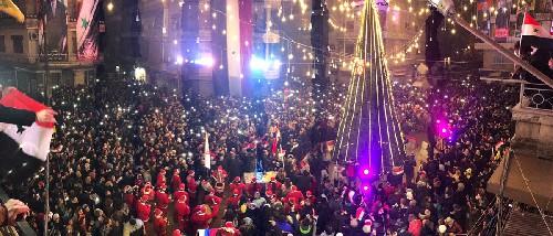 Albero e canti di Natale ad Aleppo – VIDEO