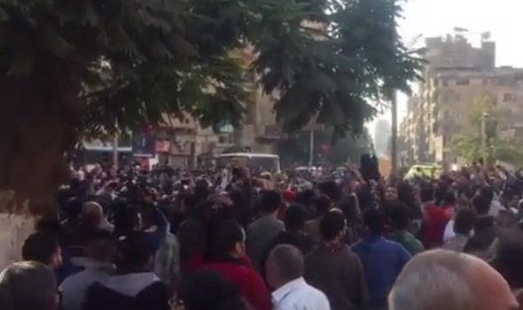 cairo-bomb-protest-742228