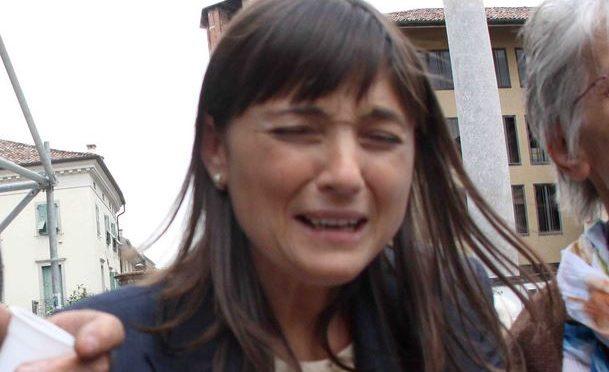 Offese a Serracchiani, poliziotto condannato a 15 giorni di carcere