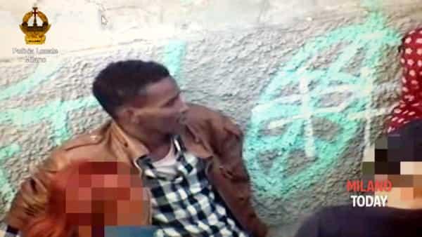 """""""Ogni sera mi legava, dopo mi violentava"""": parlano le vittime del profugo somalo"""