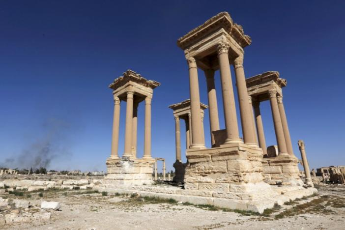 FILE PHOTO A view shows the Tetrapylon, one of the most famous monuments in the ancient city of Palmyra, in Homs Governorate, Syria, April 1, 2016. REUTERS/Omar Sanadiki/File Photo