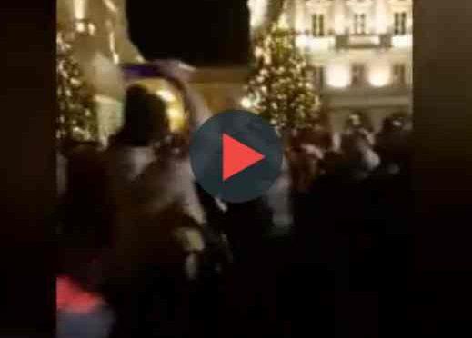 Capodanno caos a Trieste: immigrati prendono a bottigliate persone – VIDEO