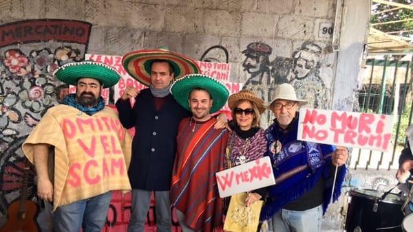 """Allarme sanitario a Napoli per i mercatini della spazzatura: """"Urgente intervenire"""""""