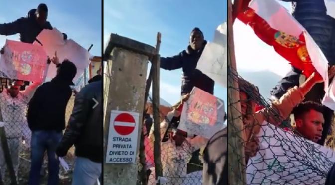 """Trento, profughi protestano: """"Vogliamo un nuovo menù"""" – VIDEO"""