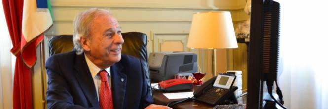 Questo sindaco destina i soldi dei profughi ai disoccupati italiani