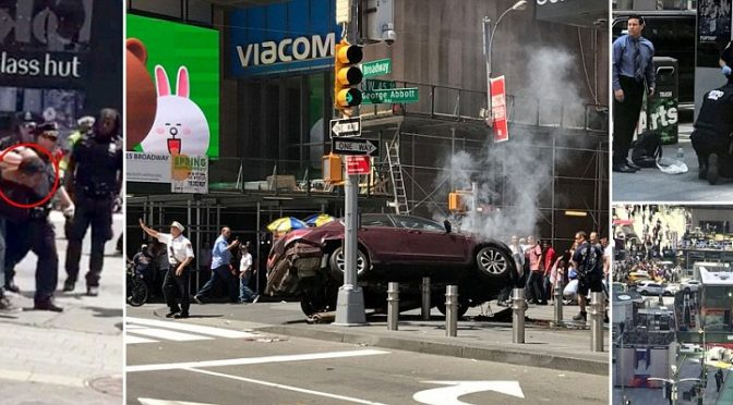 NEW YORK: AUTO SULLA FOLLA A TIMES SQUARE E' INCIDENTE – VIDEO