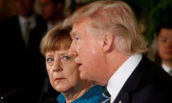 Trump verso tradimento elettori, mega sanatoria di clandestini