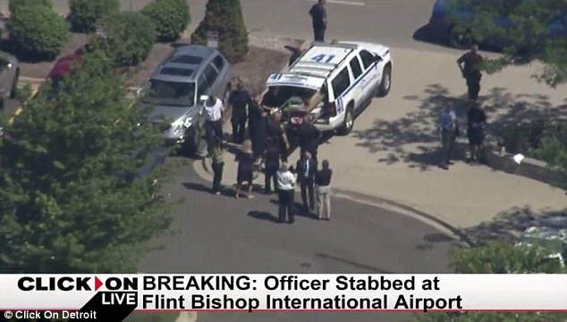 """Usa, Poliziotto accoltellato al grido """"Allahu Akbar"""""""