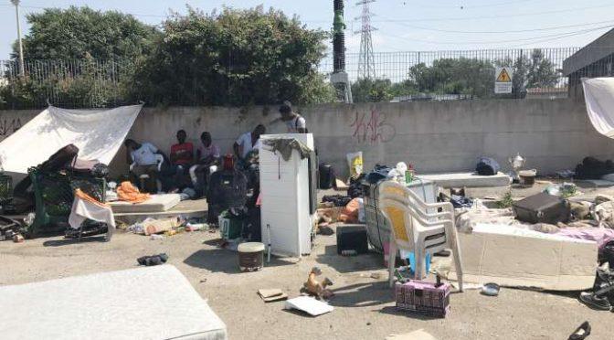 Roma, centinaia africani si accampano in attesa Ius Soli – VIDEO
