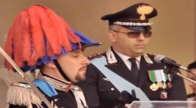 """COMANDANTE CARABINIERI ACCUSA POLITICI: """"NOI ARRESTIAMO, LE LORO LEGGI SCARCERANO TUTTI"""" – VIDEO"""
