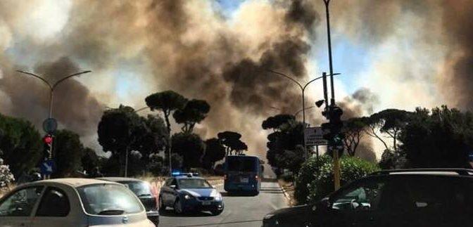 Roma bruciava, canadair arrivato solo dopo 1 ora