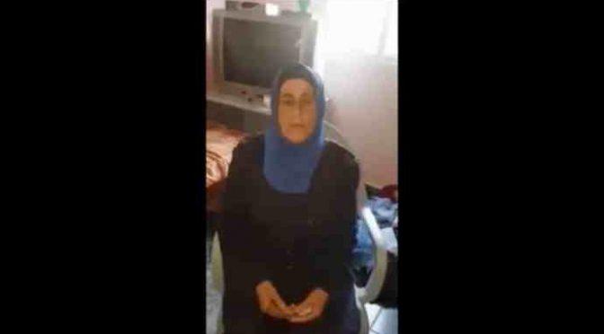 """MADRE TERRORISTA ISLAMICO: """"ORGOGLIOSA ABBIA SGOZZATO 3 INFEDELI"""" – VIDEO"""