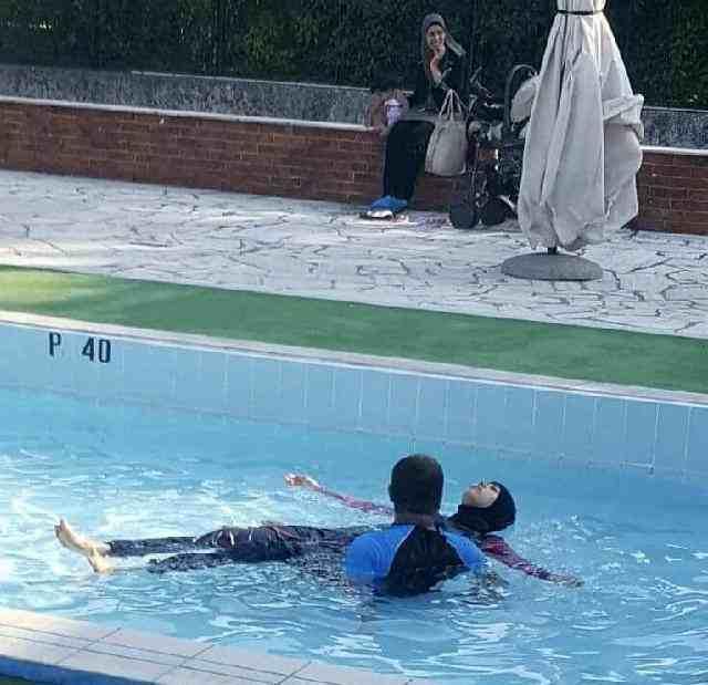 padova islamica esige di fare il bagno in burkini