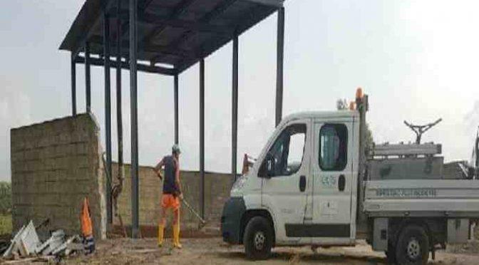 Cona: lavori frenetici per ampliare il centro profughi – FOTO