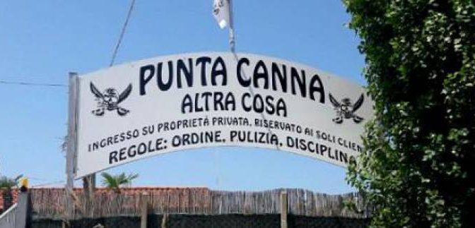 """PD in crisi di nervi per la """"spiaggia fascista"""": inviata la Polizia Scientifica"""